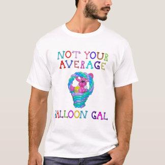 Camiseta Não seu coelho médio do galão do balão na cesta