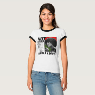 Camiseta NÃO um CLICHÉ - Angela Davis