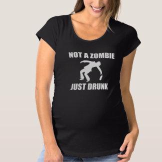 Camiseta Não zombi apenas bêbedo