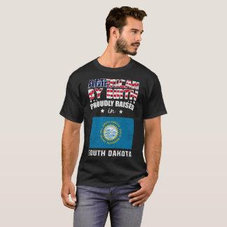 Camiseta Nascimento americano levantado orgulhosa na