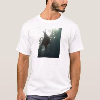 Camiseta Natação do raio de Manta aérea