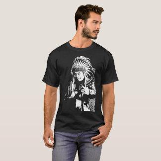Camiseta Nativo americano que joga a guitarra