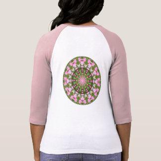 Camiseta Natureza do coração de sangramento, Flor-Mandala