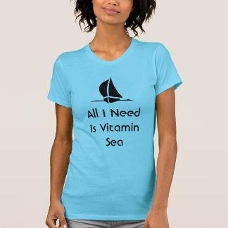 Camiseta Navegar toda que eu preciso é mar da vitamina