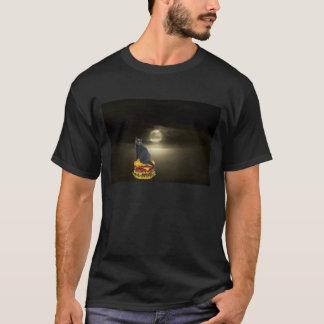Camiseta Navigação em um Hamburger à lua na névoa