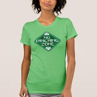 Camiseta Nenhum Dia de São Patrício compressor da zona