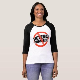 Camiseta Nenhum privilégio de Hetero - -