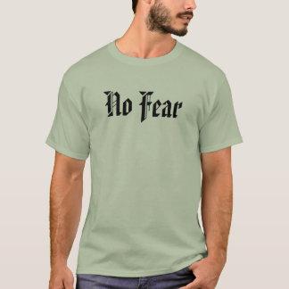 Camiseta Nenhum t-shirt do cristão do medo