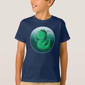 Camiseta Nessie pequenino sob o mar