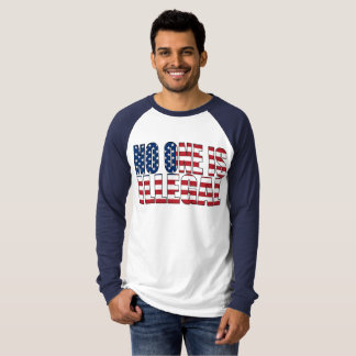 "Camiseta ""Ninguém é"" t-shirt ilegal"
