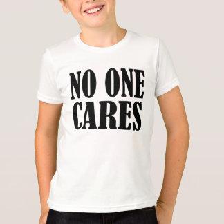 Camiseta Ninguém importa-se