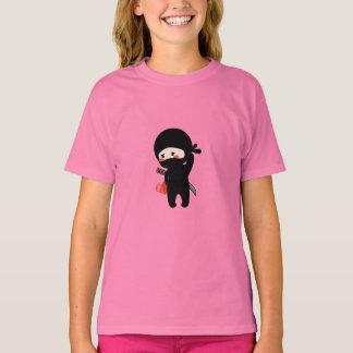 Camiseta Ninja de cora tímido que guardara o coração de