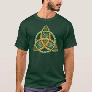 Camiseta Nó celta da trindade