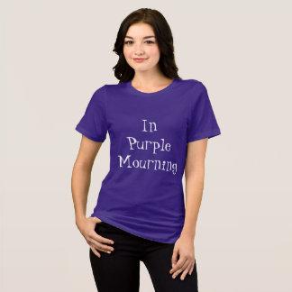 Camiseta No roxo que lamenta