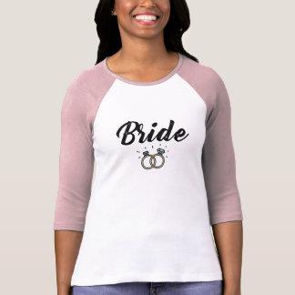 Camiseta Noiva com o presente de casamento do anel de