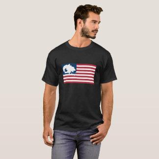 Camiseta NÓS SOMOS AINDA AQUI! Nação do Navajo na bandeira