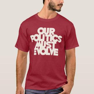 Camiseta Nossa política deve evoluir
