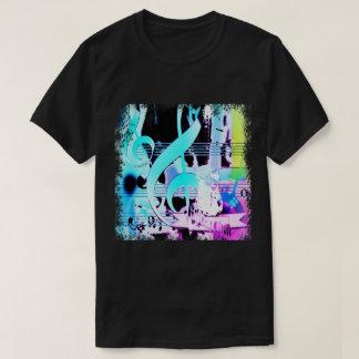 Camiseta Notas musicais e impressão da guitarra