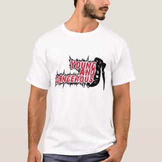Camiseta Novo e perigoso
