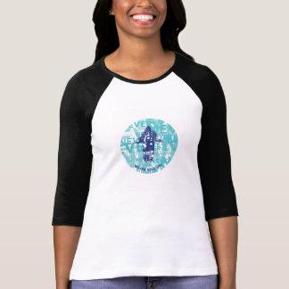 """Camiseta """"Nunca dê acima"""" 3/4 de t-shirt do Raglan da luva"""