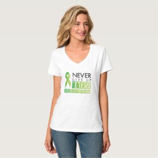 Camiseta Nunca dê acima: Sobrevivente de TBI