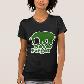Camiseta Nunca esqueça o elefante engraçado da sátira