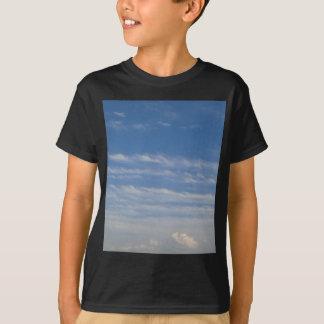 Camiseta Nuvens misturadas
