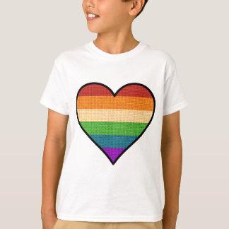 Camiseta O amor de LGBT é coração do arco-íris do amor