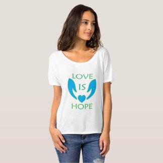 Camiseta O amor é esperança