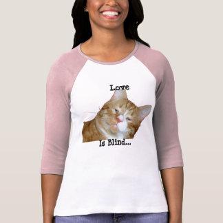 Camiseta O amor é jérsei de basebol cego