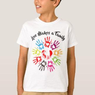 Camiseta O amor faz uma família - adopção da parentalidade