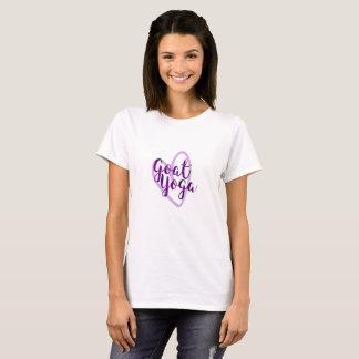 Camiseta O amor positivo da tipografia do coração da ioga