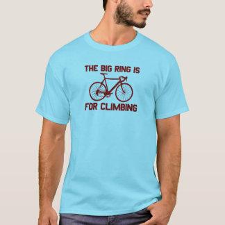 Camiseta O anel grande é escalando