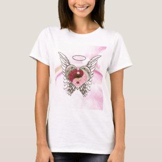 Camiseta O anjo do coração de Yin Yang voa a aguarela