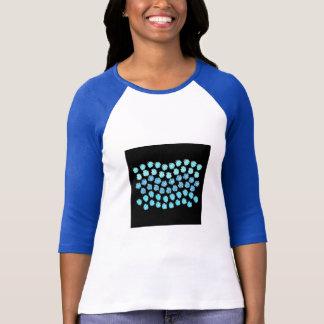 Camiseta O azul acena o t-shirt do Raglan das mulheres