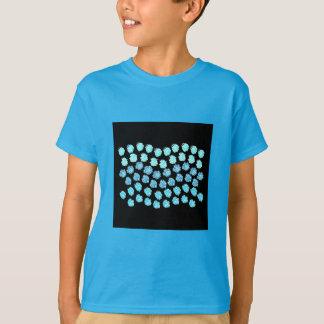 Camiseta O azul acena o t-shirt dos miúdos
