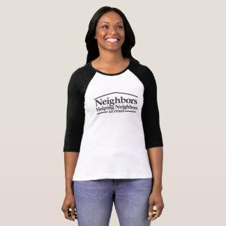 """Camiseta O basebol T das mulheres dos """"vizinhos"""""""
