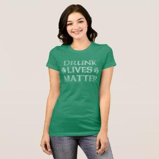 Camiseta O bebado engraçado bonito vive Dia de São Patrício