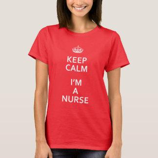 Camiseta O branco mantem a calma que eu sou uma enfermeira