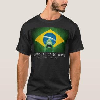 Camiseta O brasileiro Jiu Jitsu de BJJ a terra é meu oceano