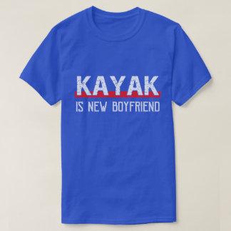 Camiseta O caiaque é dia dos namorados engraçado do