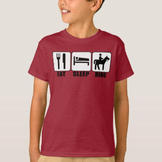 Camiseta O cavaleiro de Horseback do menino come o passeio