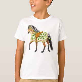 Camiseta O cavalo da parada do Dia de São Patrício caçoa o