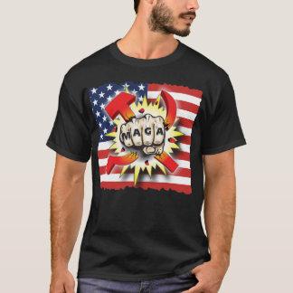 Camiseta O COMUNISMO da QUEBRA faz a bandeira dos EUA do