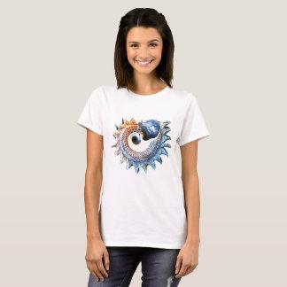 Camiseta O Conch Shell peroliza mulheres espirais douradas
