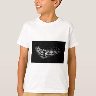 Camiseta O conselho branco preto do rei xadrez das partes