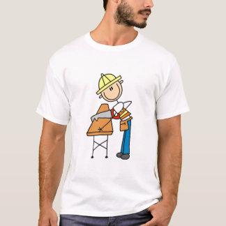 Camiseta O conselho do Sawing do trabalhador da construção