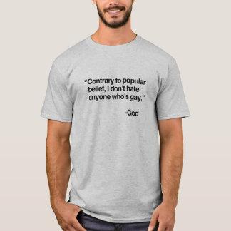 Camiseta O contrário à opinião popular, deus não deia o gay
