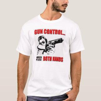 Camiseta O controlo de armas é quando você usa a liberdade