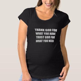 Camiseta O deus do obrigado para tem a necessidade da